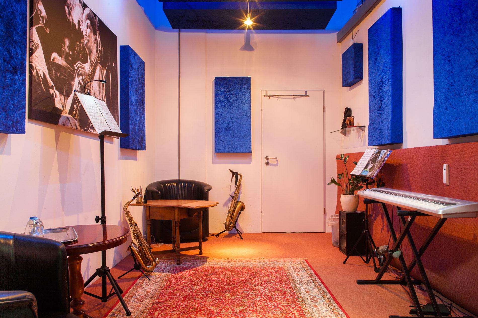 saxophonunterricht m nchen neuhausen nymphenburg saxophonunterricht m nchen neuhausen. Black Bedroom Furniture Sets. Home Design Ideas